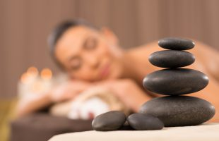 hotstone-massage-2